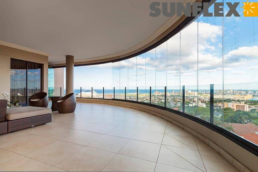 Sunflex glazing systems in Amásvista Glass