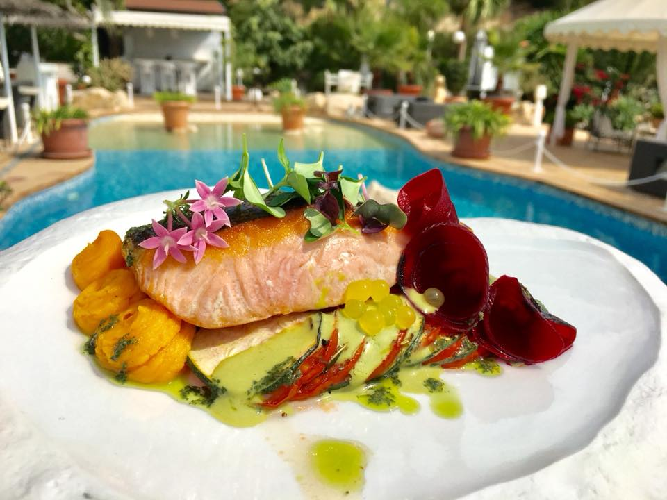 The juicy creations of chef Patrick Manguette await you at the Puerto Blanco restaurant