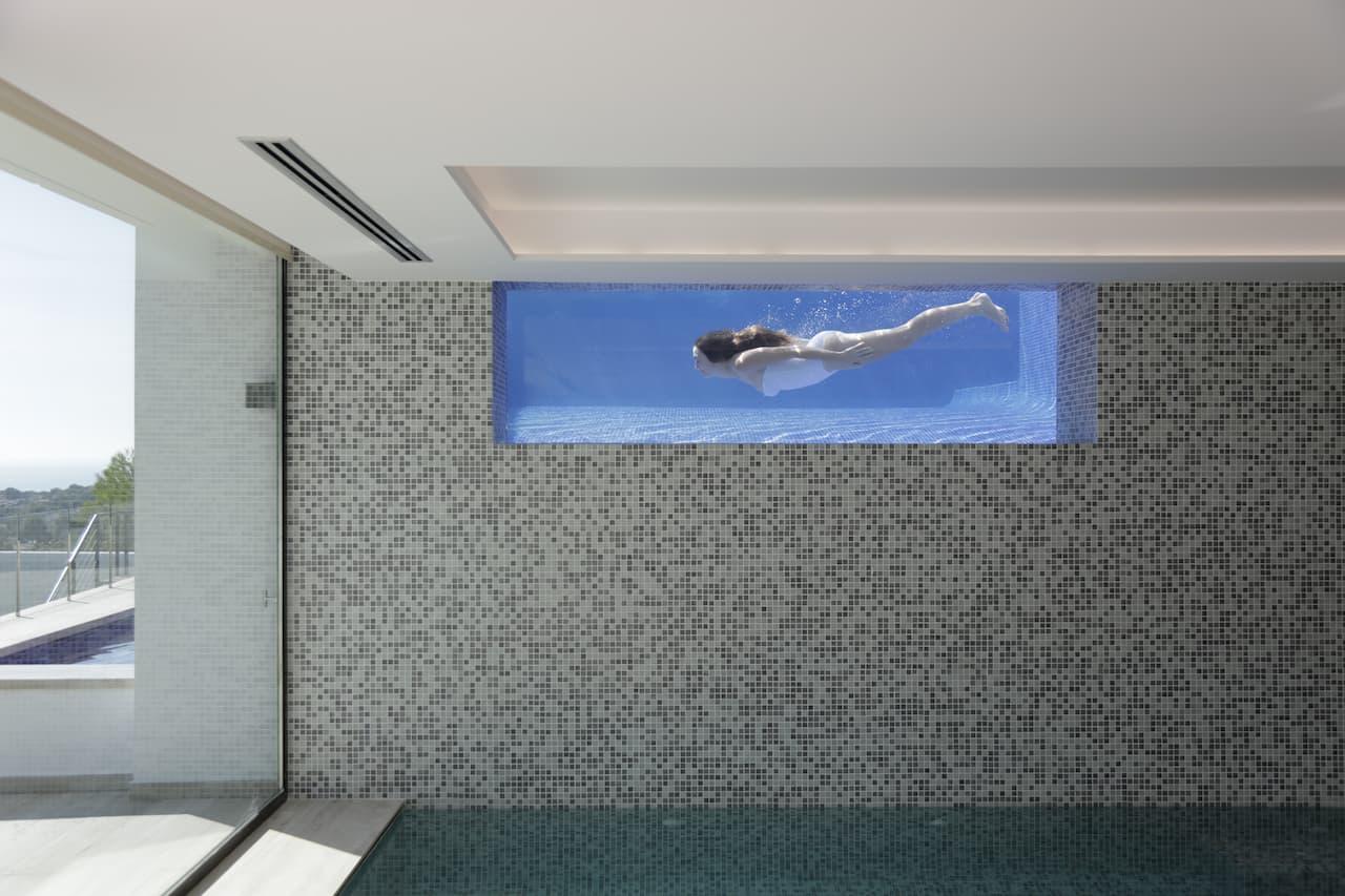 Construma installs custom swimming pools