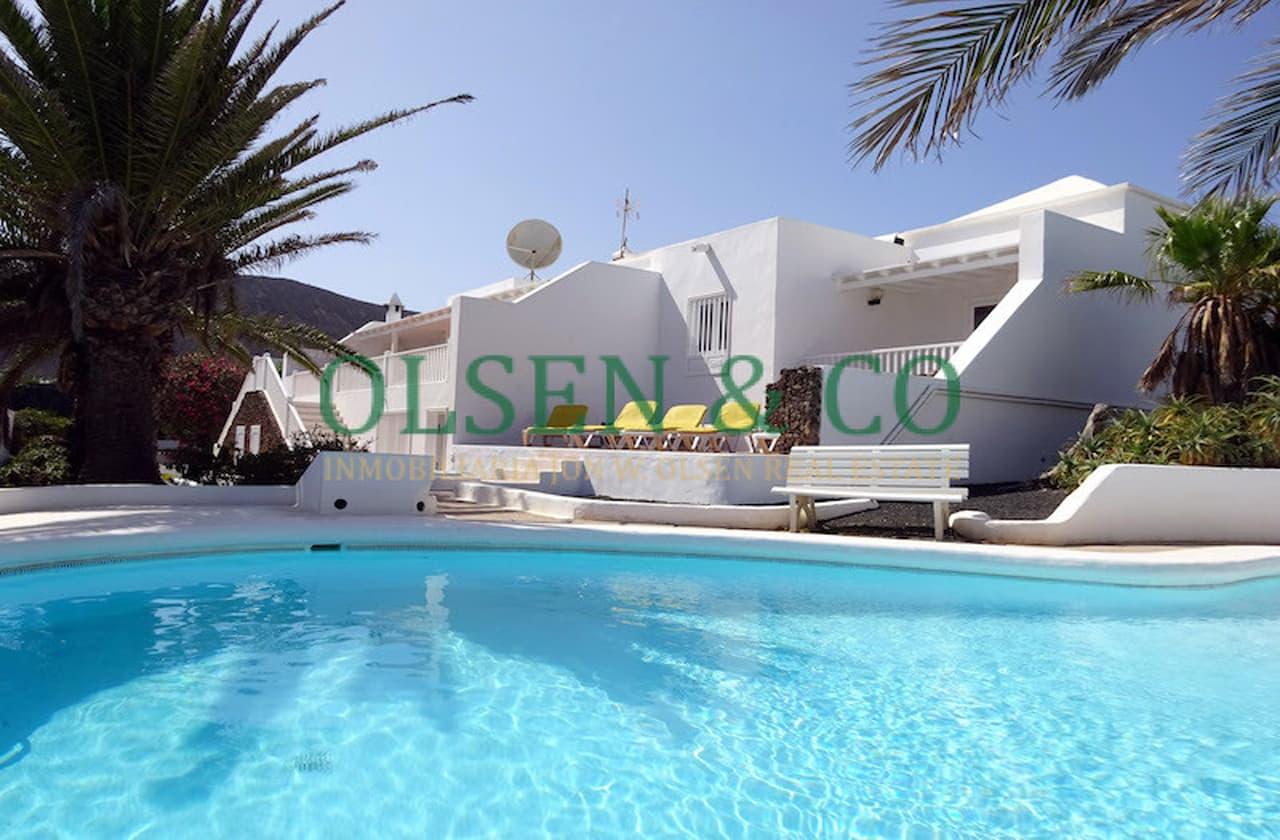 Beautiful detached villa in Playa Blanca (Lanzarote)