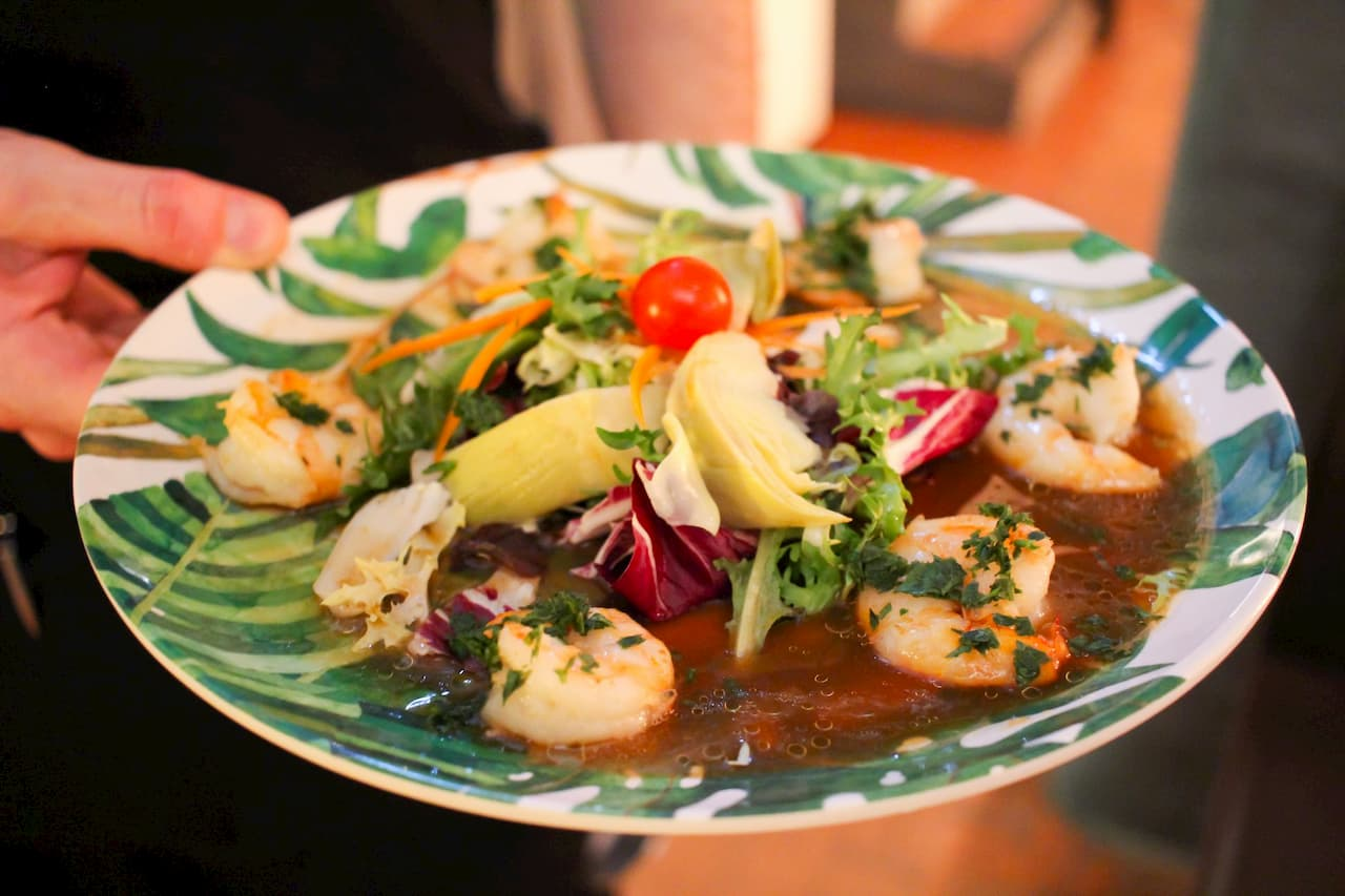 Where to taste the best signature salads on the Costa Blanca
