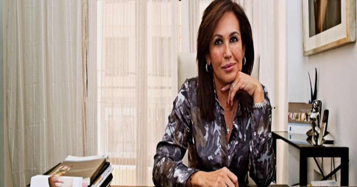 Dr. Claudia Parra